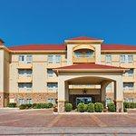 Photo of La Quinta Inn & Suites Schertz
