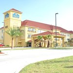 Photo of La Quinta Inn & Suites Hammond