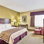 Photo of La Quinta Inn & Suites Fresno Northwest