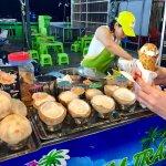 Photo de Dinh Cau Night Market