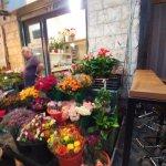 Machne Yehuda Market - Flowers stand