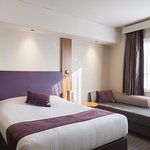 Photo de Premier Inn Dubai Investments Park Hotel