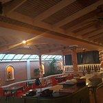 Photo de Cafe Coco Restaurant & Bar