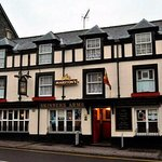 This is the place that serves good honest home made pub grub