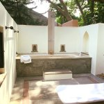 Outdoor bath area. I enjoyed this after the morning safari but too many bugs to use at night.