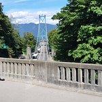 Photo de Lions Gate Bridge
