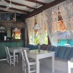 Un sitio para disfrutarlo, cuidado en cada detalle. Con una comida exquisita y unas vistas  incr