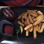 Steak & fries