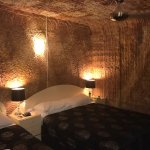Foto de The Lookout Cave Underground Motel