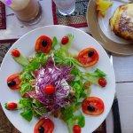 Tout est très bon (5 visites pour nous) sauf la salade de canard : trop de morceaux de gras mis