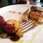 Tamarind glazed scallops