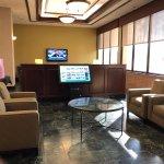 Photo de Pear Tree Inn St. Louis Near Union Station