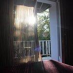 Chambre avec balcon.