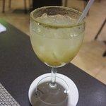 "Chichimeko, la bebida ""nacional"" con jugo de arrayán, vodka seco, licor de naranja, alguaisthe"