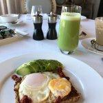 Avocado toast and smoothie