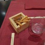 Foto de Doozo Art Books & Sushi