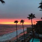 Photo de Surf & Sand Resort