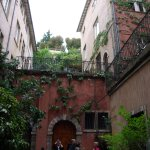 Beauté cachée derrière les façades du Vieux Lyon