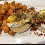 Chesapeake Eggs Benedict