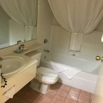 Bathroom, Country Inn & Suites By Carlson, Regina, SK