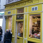 Foto de Sacha Finkelsztajn  - La Boutique Jaune