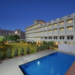 Hotel Valley View Udaipur with 72 rooms & restaurant , swimming pool  , spa , gym , banquet , ga