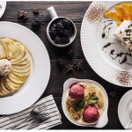 Если продолжать знакомство с Италией, то обязательно попробуйте десерт грушу,запеченную под Соба