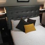 Photo of Airways Hotel Victoria London