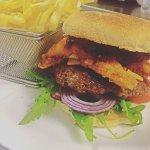 House Trio burger