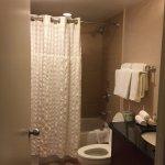 Room 1718 Bath