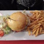 Hamburger avec pain fait maison