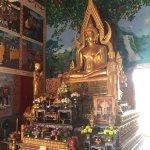 Big Buddha Temple (Wat Phra Yai) Foto