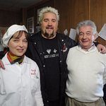 Diners, Drive-ins and Dives Show on Food channel
