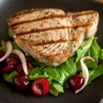 Grilled tuna/Fresh salad