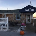 Exterio TwoTen Oyster Bar & Grill c 210 Salt Pond Rd, South Kingstown, RI