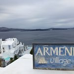 Photo de Armeni Village Rooms & Suites