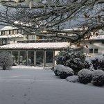 Hotel Adler Haeusern resmi