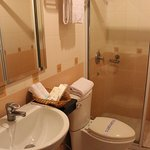 Photo de Hotel Luxury World