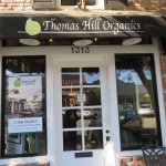 ภาพถ่ายของ Thomas Hill Organics