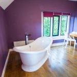 Bridal Suite Rolltop Bath