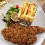 Wiener Schnitzel vom Kalb im Hotelrestaurant Gaumenfreund