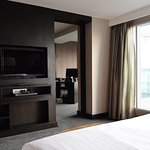 Golden Tulip Mandison Suites Photo