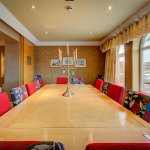Conference room/Dining table