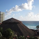 Crown Paradise Club Cancun Photo