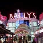 Bally's ภาพถ่าย