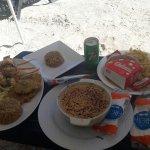 Langosta al ajillo (+ arroz de coco y patacones), cazuela de mariscos, y hamburguesa!