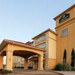 Photo of La Quinta Inn & Suites Dallas - Hutchins