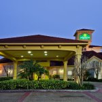 Photo of La Quinta Inn & Suites USF (Near Busch Gardens)