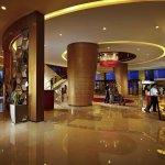Foto de Novotel Zhengzhou Convention Centre Hotel