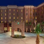 Embassy Suites by Hilton Savannah